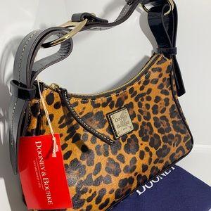 Dooney & Bourke Medium Hobo In Leopard LP402